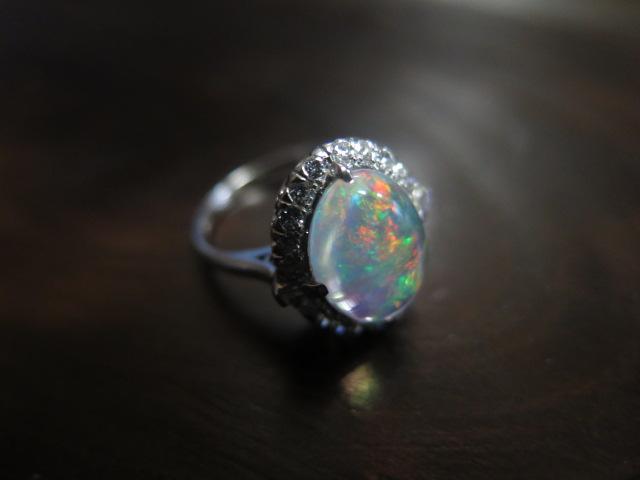 メキシコ産オパール 2.5ct ダイヤモンド 取巻き 千本透かし P.M #9 /3051