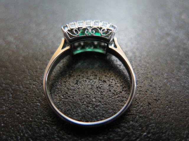 エメラルド3石 ダイヤモンド取巻き 唐草 リング #13 昭和ジュエリー 手作り 中古 /6661