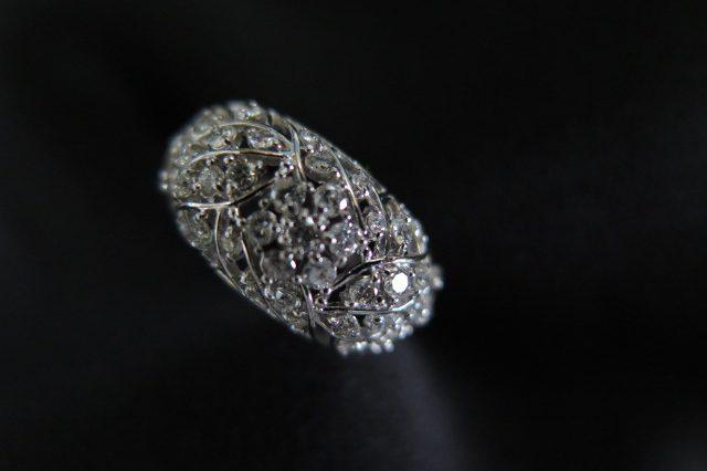 葉っぱとお花のプラチナ&ダイヤモンド リング 中古 /7028